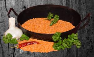 lebensmittel-zum-abnehmen-pfanne-mit-Linsen-und-Chilli